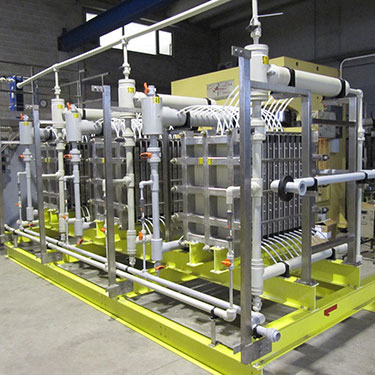 Small chlorine plant on skid, the size of a shipping container
